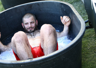 Ice Baths and Cryotherapy for Recovery and Performance: A Literature Review.